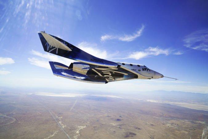 SpaceShipTwo vyletel do kozmického priestoru, úspech priblížil komerčné výlety do vesmíru