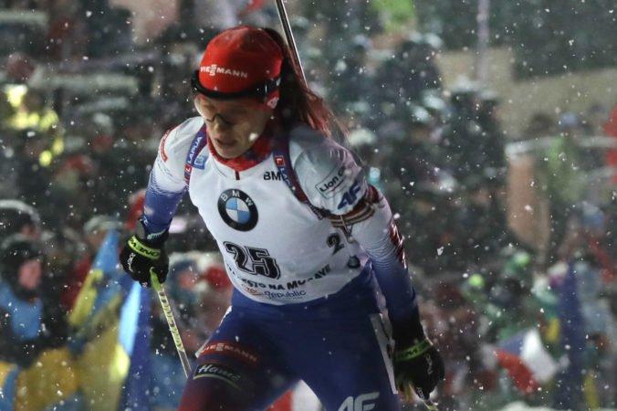 Aktualizované: Paulína Fialková zvládla preteky aj v hustom snežení, v Česku obsadila tretiu priečku