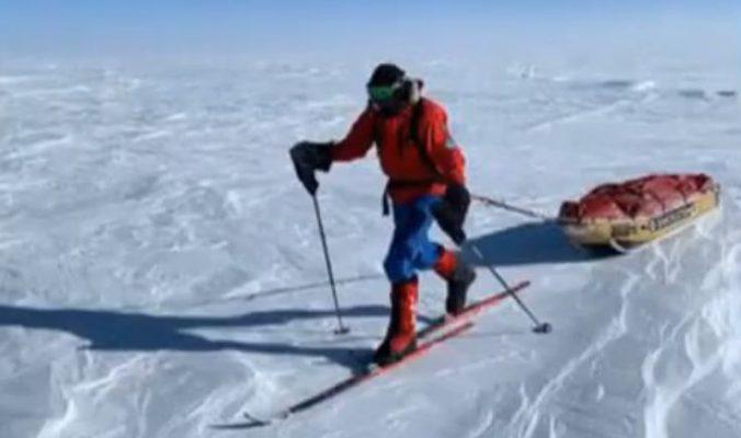 Britský dobrodruh zdolal celú Antarktídu bez asistencie, prišiel dva dni po Američanovi