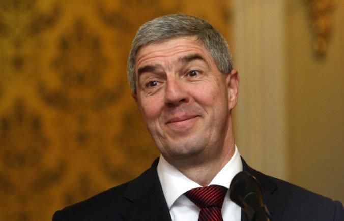 Bugár si na druhé kolo prezidentskej kandidatúry trúfa a nevidí dôvod, prečo by sa mal vzdať