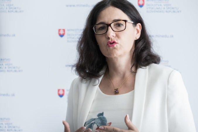 Lubyová by mohla pochybovať o vierohodnosti komisie, ktorá skúma plagiátorstvo záverečných prác
