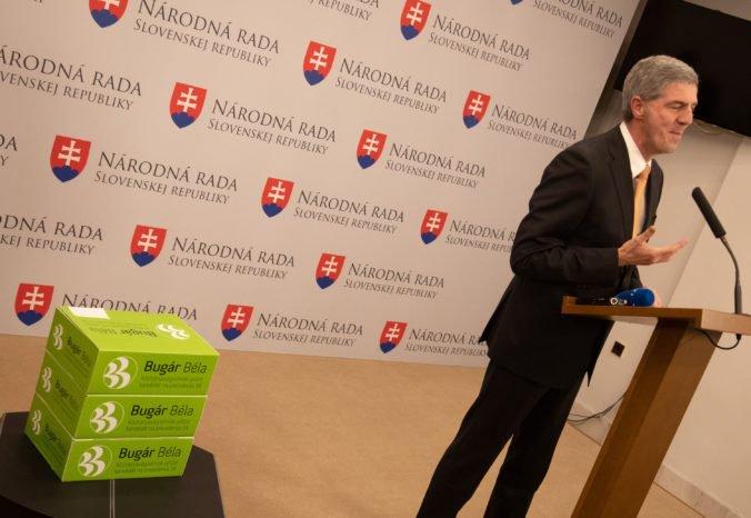Video: Bugár má podpisy na kandidatúru na prezidenta, na kampaň neplánuje minúť 500-tisíc eur