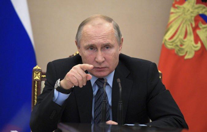 Putin obvinil USA a určité západné krajiny z destabilizácie Balkánu