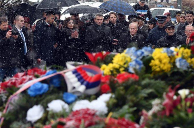 Foto: V Prešove si uctili obete druhej svetovej vojny pri príležitosti výročia oslobodenia mesta
