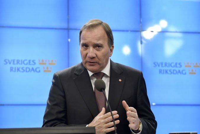 Švédski poslanci schválili vládu pod vedením Löfvenova, čím ukončili štvormesačný politický pat