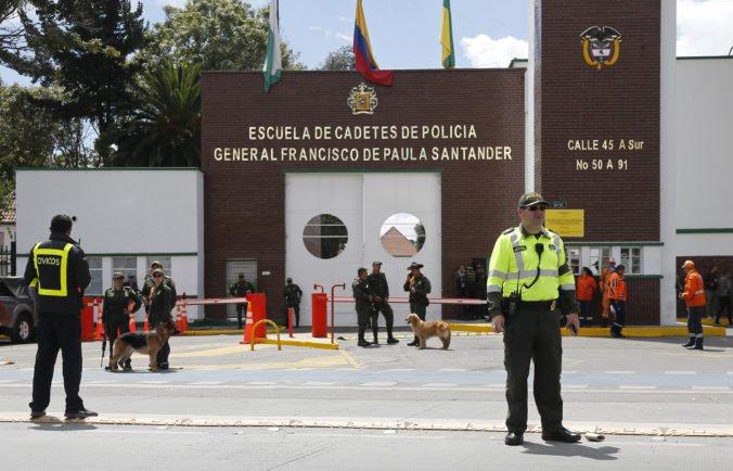 Video: Pri útoku na policajnú akadémiu v Bogote zahynuli desiatky ľudí, medzi nimi aj páchateľ