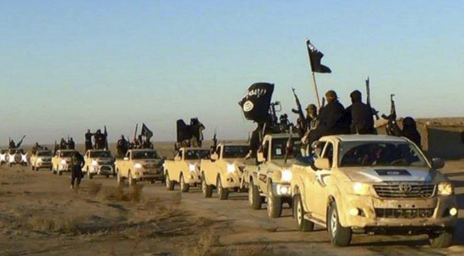 Trojicu naturalizovaných Američanov obvinili zo sprisahania a podpory Islamského štátu