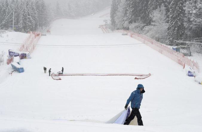 Obrovský slalom mužov v Garmisch-Partenkirchene museli pre zlé počasie zrušiť