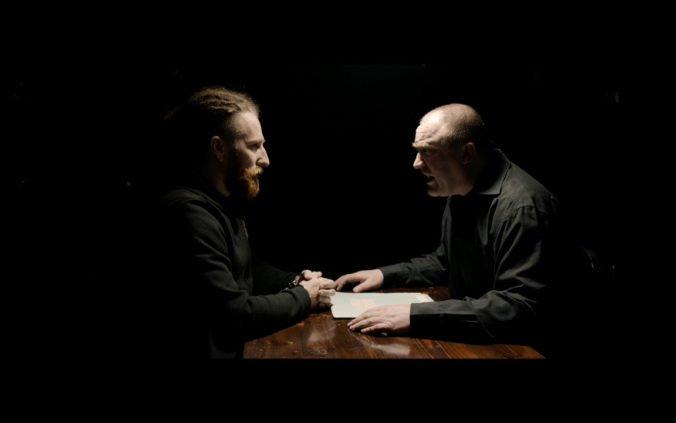 Heľenine Oči opäť šokujú videoklipom k skladbe Agent SIS