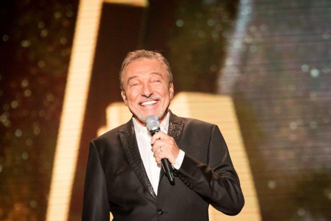 Karla Gotta prepustili z nemocnice, českého speváka opäť potrápila choroba