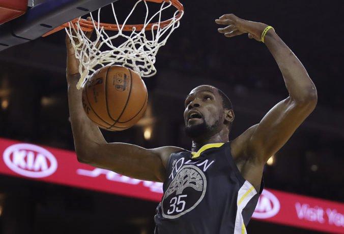 Video: Warriors si v šlágri NBA poradili s Miami, nepomohlo mu ani osem trojok Richardsona