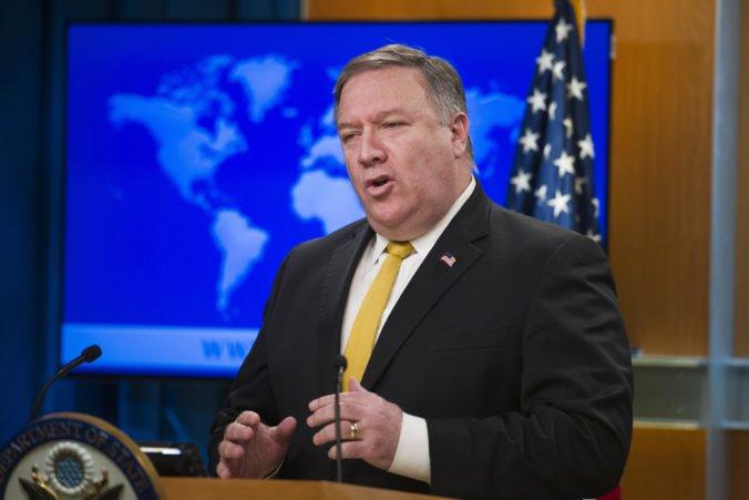 Svet musí konfrontovať Irán a dosiahne mier na Blízkom východe, vyhlásil Pompeo
