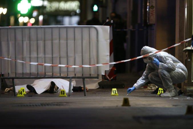 Video: V centre Marseille zranil muž nožom niekoľko ľudí, polícia páchateľa zastrelila