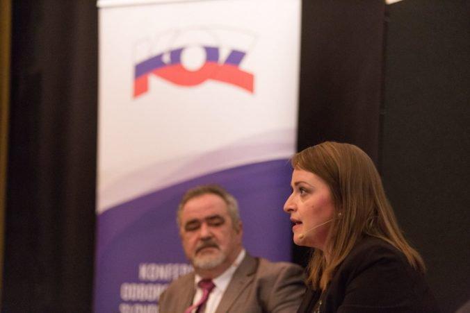 Politici by nemali vstupovať do rokovaní so zamestnávateľmi o minimálnej mzde, tvrdia odborári