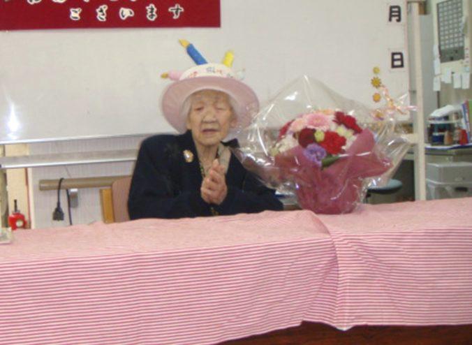 Najstaršou osobou na svete je 116-ročná Japonka Kane Tanaka