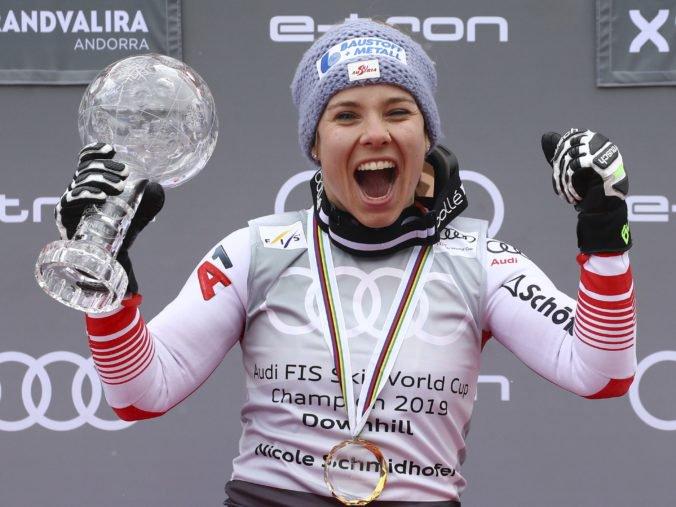 Video: Zjazd Svetového pohára v Soldeu mal prekvapujúcu víťazku, malý glóbus má Schmidhoferová