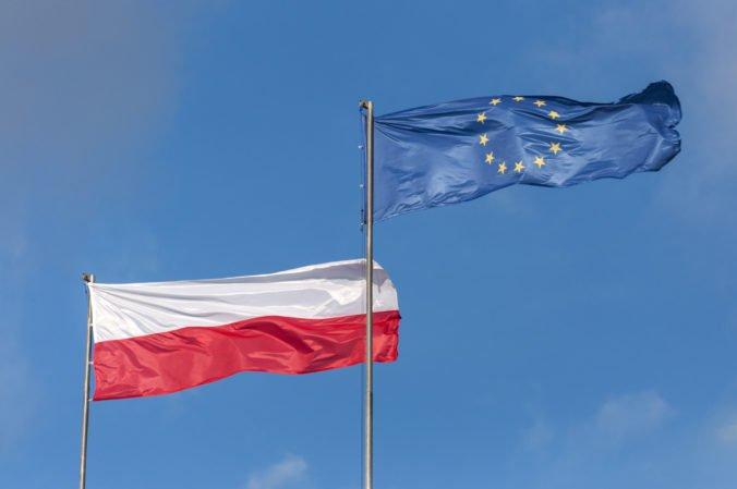Právo a spravodlivosť požaduje zakázať poľský časopis, na titulke sa pýta ako rozpoznať Žida
