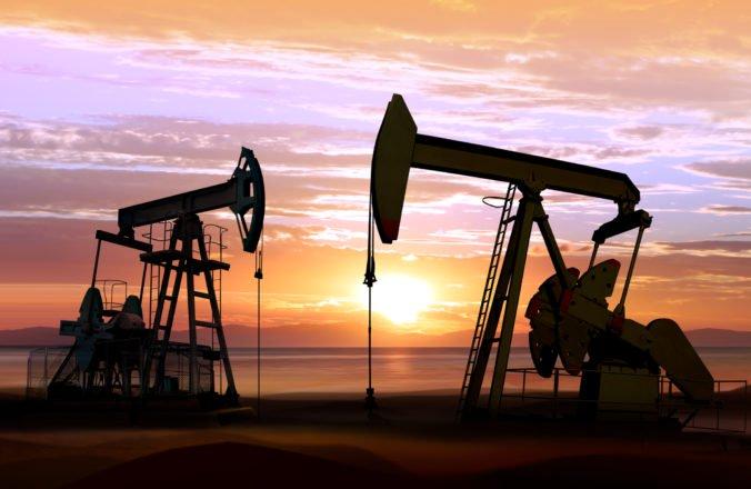 Ľahká americká ropa zdražela o dva centy, prilepšila si aj ropa Brent