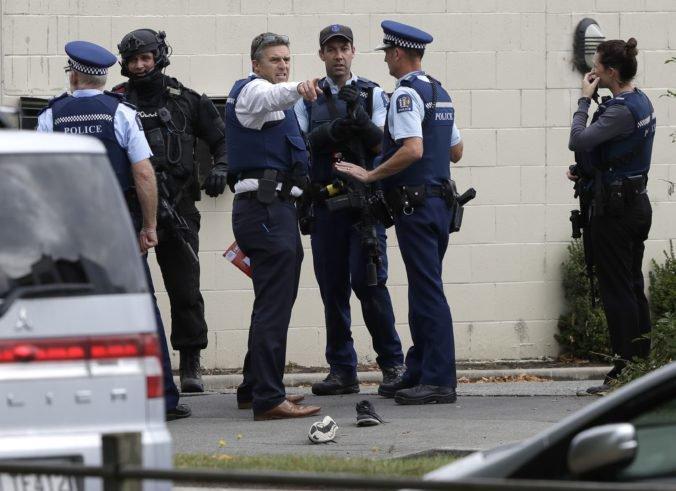 Video: Útoky v dvoch mešitách v meste Christchurch si vyžiadali viacero obetí