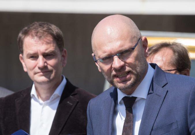 Čaputová má podľa OĽaNO reálnu šancu stať sa prezidentkou, liberáli zo SaS ďakujú Mistríkovi