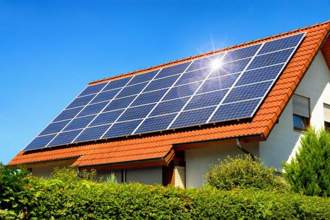 Slovenské domácnosti sa môžu uchádzať o dotáciu na slnečný kolektor