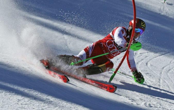 Video: Hirscher vyrovnal rekord Vonnovej, záverečný slalom Svetového pohára vyhral Noel