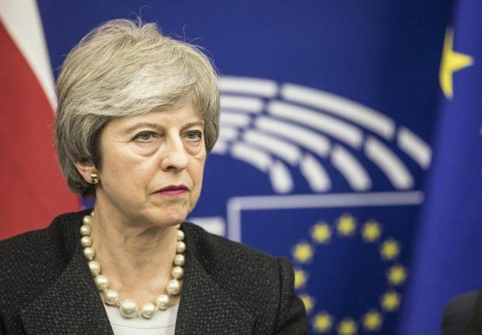 Mayová by mala objasniť predstavy Británie o odklade brexitu, žiadajú ministri krajín EÚ