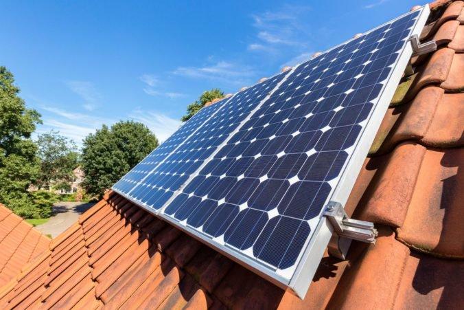 Slovenské domácnosti prejavili veľký záujem o solárne panely, dotácie sa rozdali za niekoľko minút