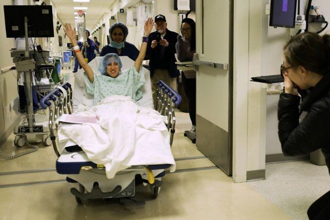 Nina sa stala prvou HIV pozitívnou darkyňou, ktorej transplantovali obličku