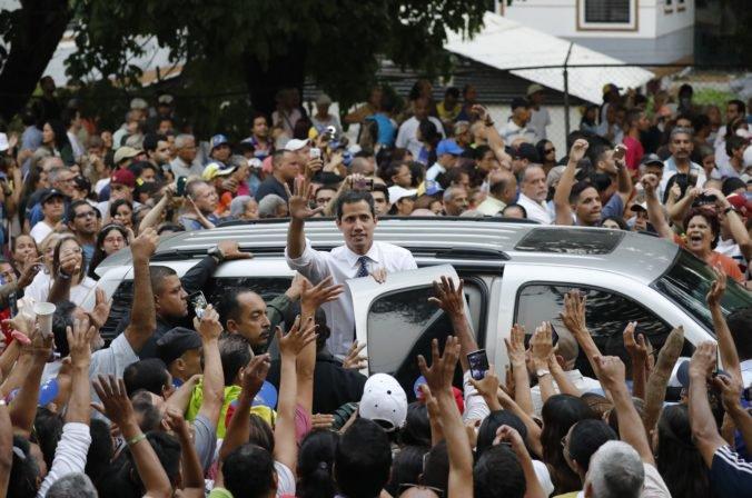 Červený kríž poskytne pomoc Venezuele, nebude tolerovať žiadne zásahy Madura či Guaidóa