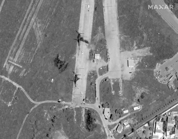 Video: Líbyjská národná armáda zaútočila na jediné fungujúce letisko v Tripolise
