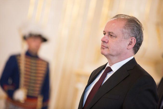 Dôchodok sa zastropuje na 64 rokov, prezident Kiska podpísal ústavný zákon