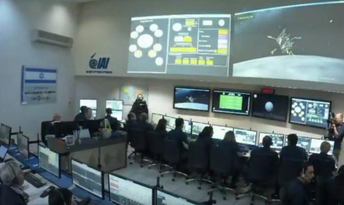 Video: Izraelská sonda Berešit sa krátko pred pristátím zrútila na povrch Mesiaca