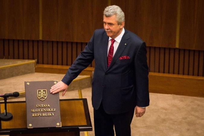 Poslanec Marček opäť odcestoval na anektovaný Krym, kde sa koná Jaltské fórum
