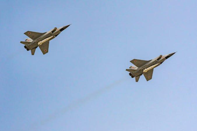 Ponad mohylu na Bradle poletí na počesť Štefánika zostava lietadiel štyroch štátov