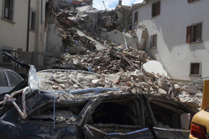 Zrútenie dvoch budov v Riu de Janeiro si vyžiadalo desiatky obetí