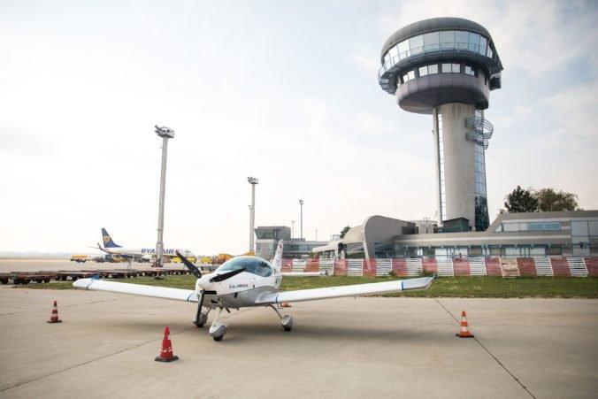 Počet cestujúcich na bratislavskom letisku sa zvýšil, o rast sa pričinili nové linky