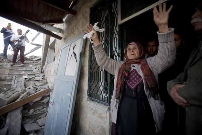 Izraelská armáda zbúrala dom palestínskeho útočníka, obyvateľov štvrti museli evakuovať