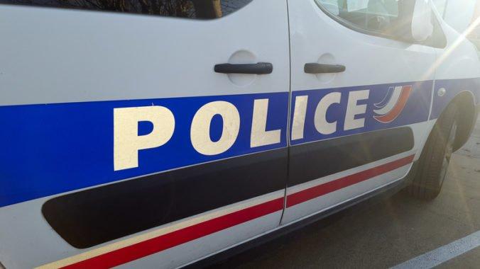 Francúzsku hrozil teroristický útok, štyria ľudia sú vo väzbe a zatkli aj maloletú osobu