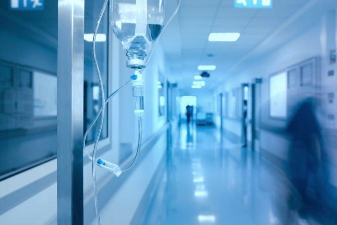 Ministerstvo zdravotníctva dostane peniaze navyše, pokryjú sociálne balíčky či rekreačné poukazy