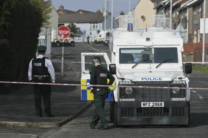 Polícia zatkla štyri osoby v prípade zabitia novinárky McKeeovej, sú medzi nimi aj tínedžeri