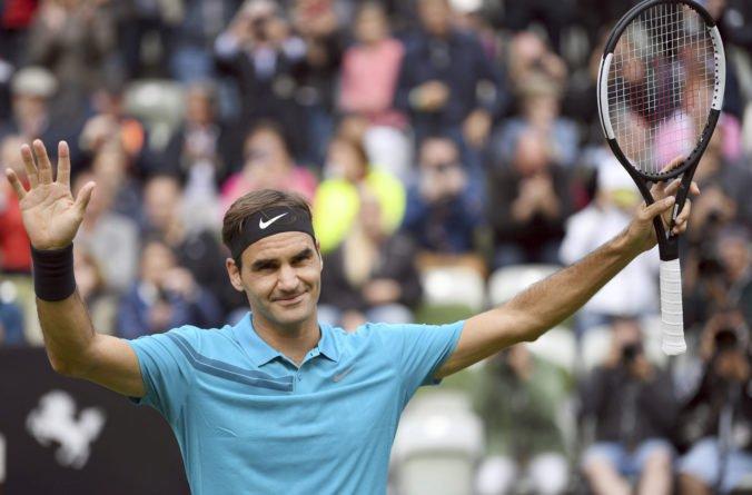 Video: Federer dosiahol historickú métu, je už skoro ako Jimmy Connors a môže byť lepší