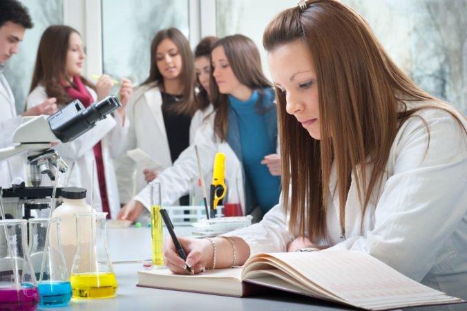 Do Fondu na podporu vzdelávania pribudne nová pôžička, bude určená len pre niektorých študentov