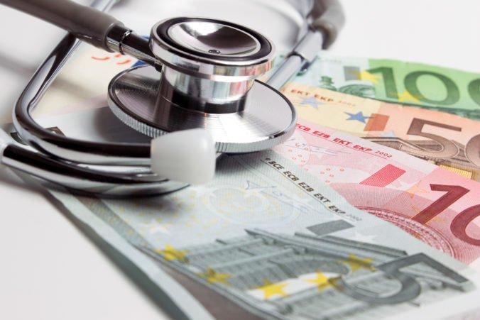Sadzba za poistencov štátu sa zvýši, poslanci schválili aj zvýšenie bezpečnosti pacientov