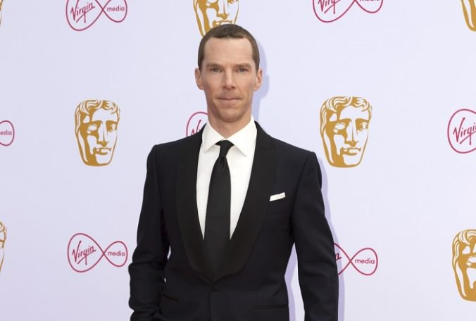 V Londýne rozdali televízne ceny BAFTA, trofej si odniesol aj herec Benedict Cumberbatch