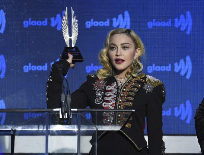 Speváčka Madonna odmieta výzvy, aby bojkotovala tohtoročné ceny Eurovízie