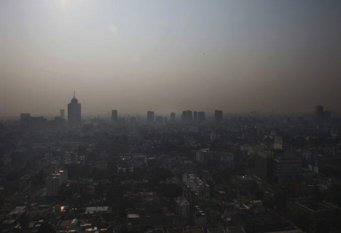 V Mexiku zrušili vyučovanie na školách a zatvorili park aj zoo, môže za to znečistené ovzdušie