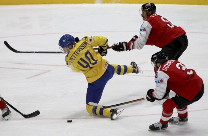 Video: Švédsko na MS v hokeji 2019 zničilo Rakúsko, v zápase padlo 10 gólov