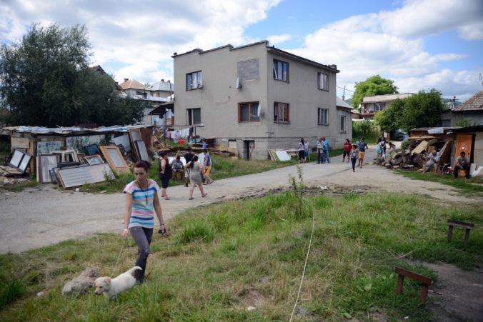 Na integráciu Rómov vyčlenili viac ako sto miliónov eur, najviac išlo do ich zamestnávania