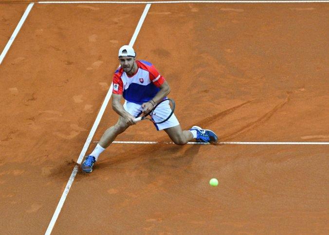 Andrej Martin prehral trojsetovú bitku v prvom kole kvalifikácie Roland Garros